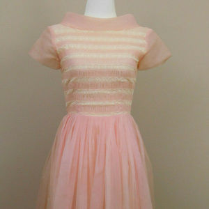Semitee N Fashion 1950s Chiffon Dress